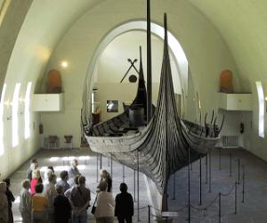 dd398-oseberg_longship