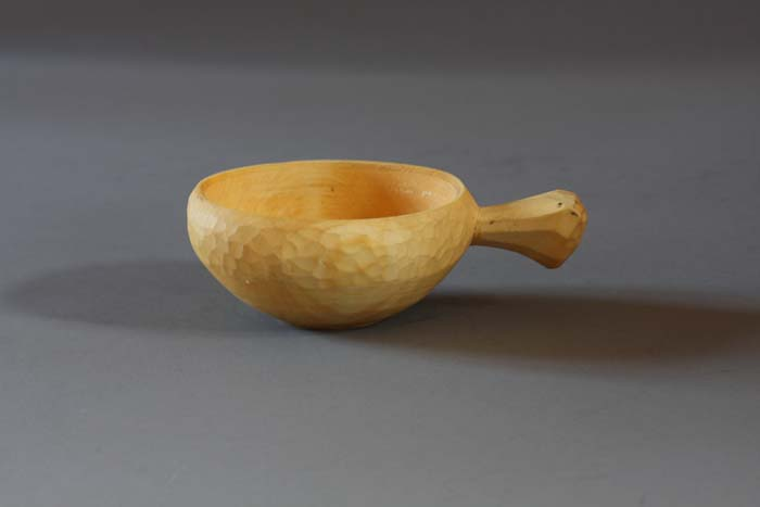 wooden drinking cup with single handle