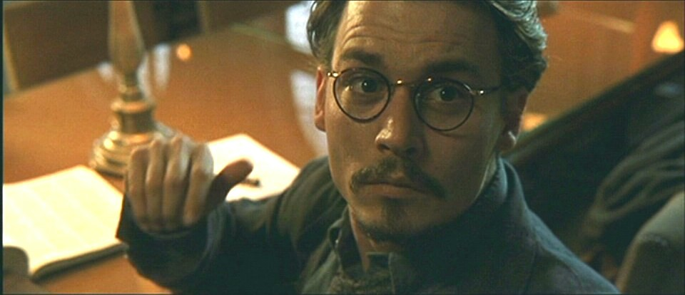 New glasses made in england robin wood - La nona porta johnny depp ...